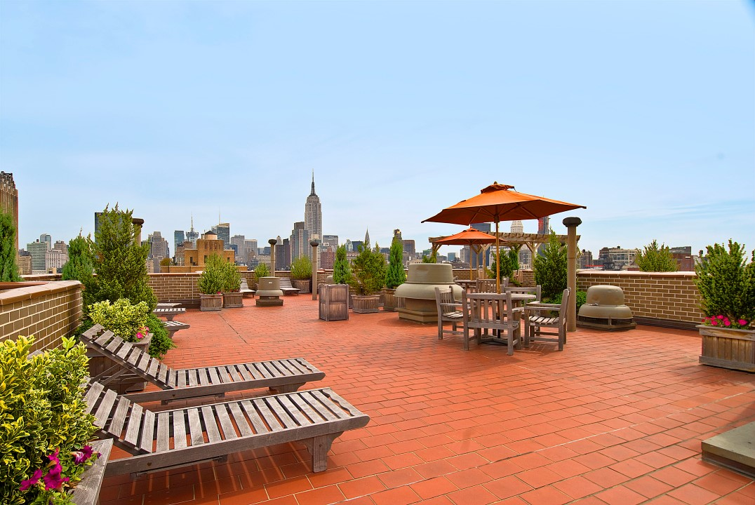 77 SEVENTH AVENUE, Chelsea, $769,000, Web #: 900094